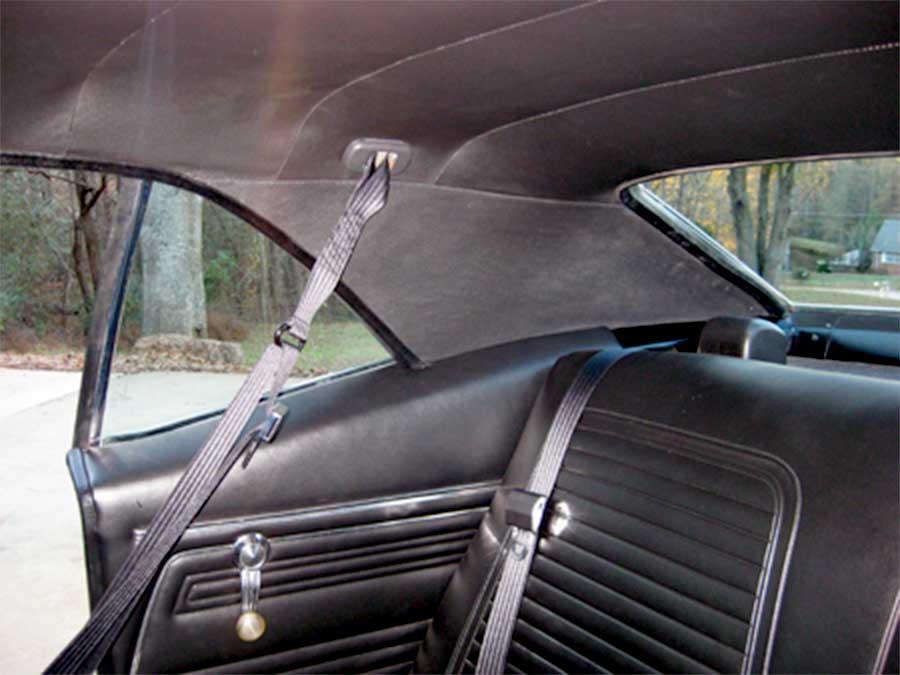 When Were Seat Belts Standard In Cars